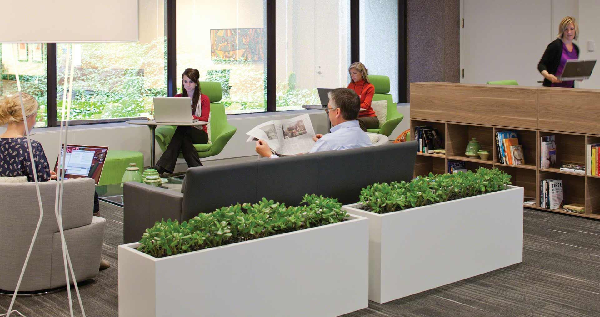 dl-workcafe-people-green-12-0000653-dl16