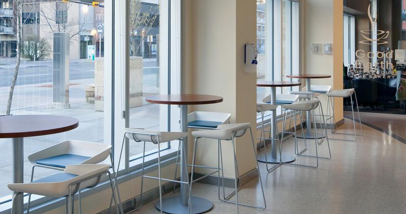 Groupwork-Tables-Scoop-Stools-10-0002447.DL