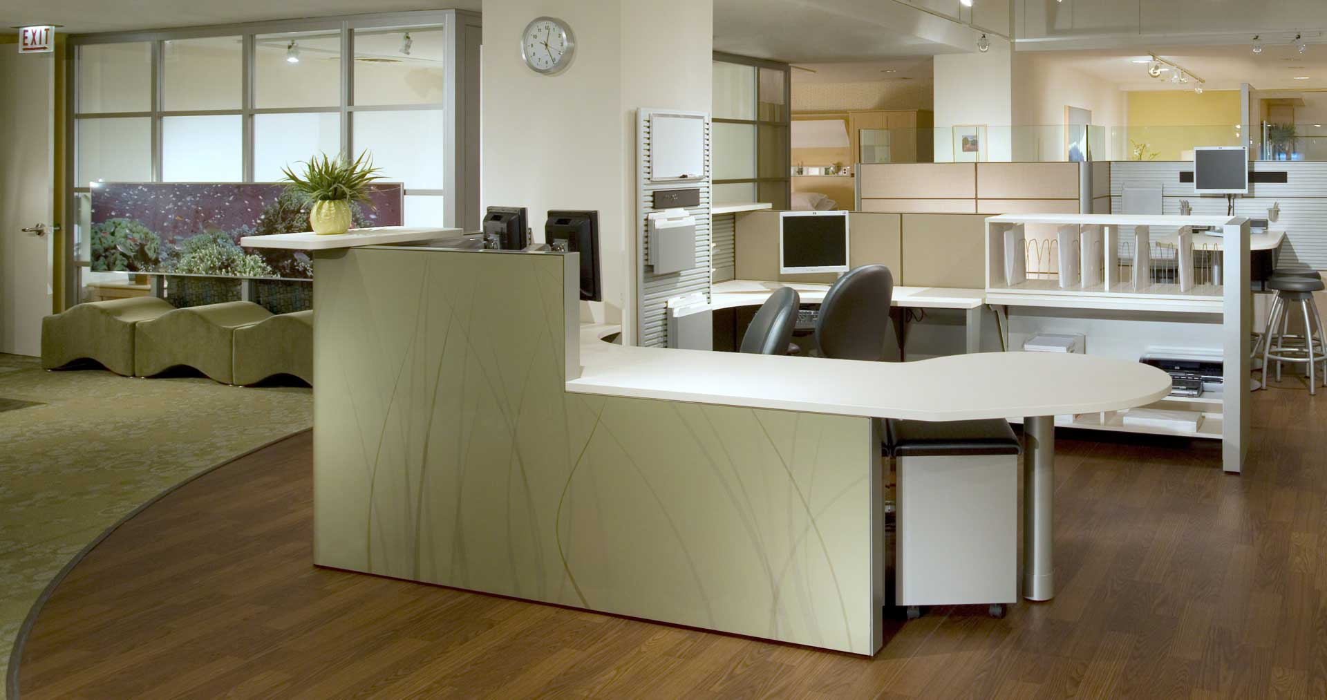 Montage-Systems-Criterion-Stools-Verge-Stools-Ripple-Lounge-07-0001504.DL17