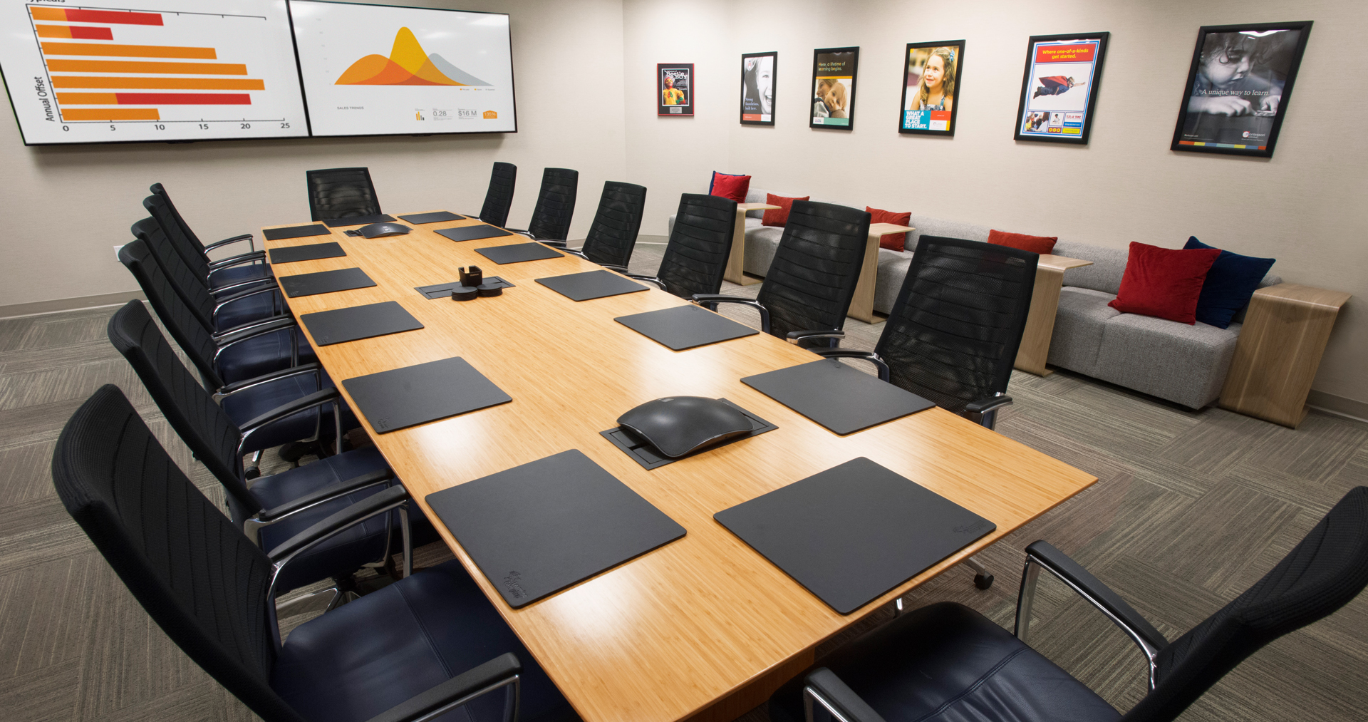 NBS.LCG.2017.003_Learning_Care_Conference_Room_1920x