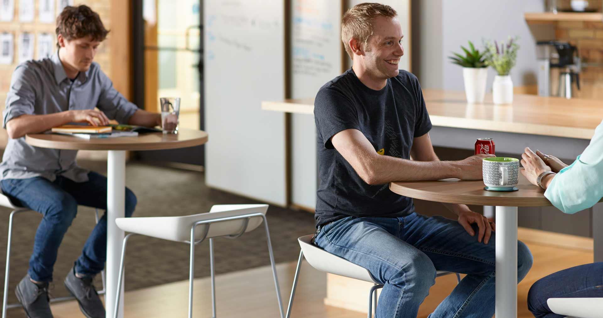 simple-tables-scoop-stools-people-13-0004588-dl16_