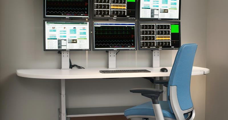 Sync-Systems-Amia-Stool-11-0001526.DL