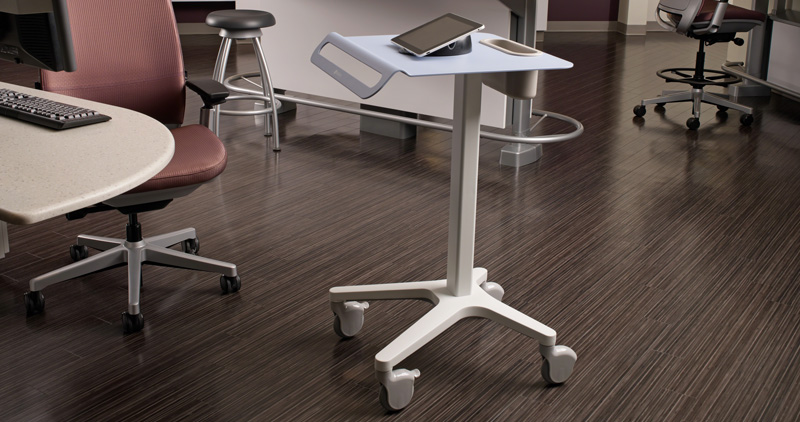 Sync-Systems-Pocket-Cart-Amia-Chairs-Verge-Stools-11-0000219.DL